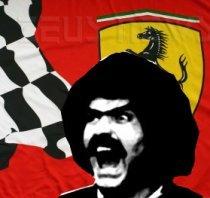 Abatantuono su sfondo Ferrari