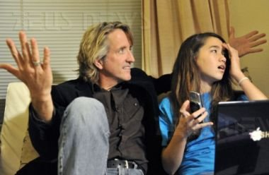 Reina Hardesty col padre Greg