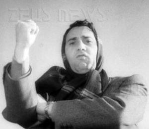 Alberto Sordi nel film </I>I vitelloni<I>: Lavora.