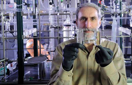 Daniel Nocera MIT foglia artificiale fotosintesi