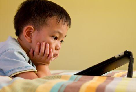 bambini tablet 3 anni apprendimento