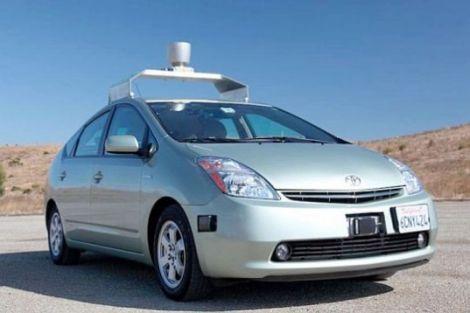 google auto robotizzata patente