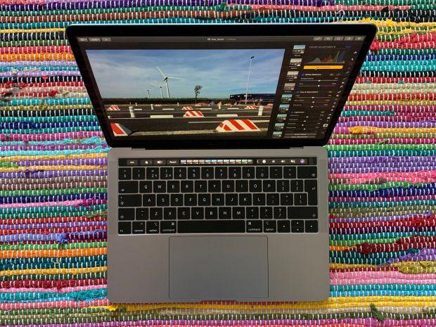 macbook pro 2019 spegnimento batteria