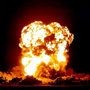 Torino esplode caricabatterie iPhone 4 denuncia
