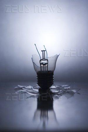 Europa addio lampadine incandescenza 100 Watt Cfl