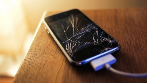 apple iphone benzene salute