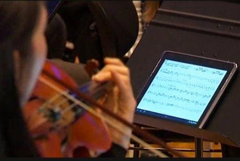 La Filarmonica di Bruxelles introduce gli spartiti