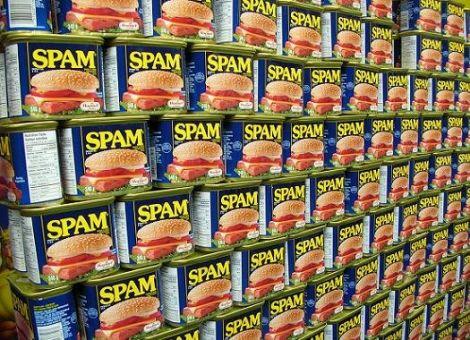 Spam attacco DDoS