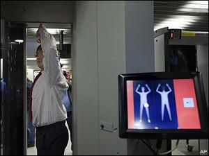 Body scanner pericolo radiazioni piloti apa usa