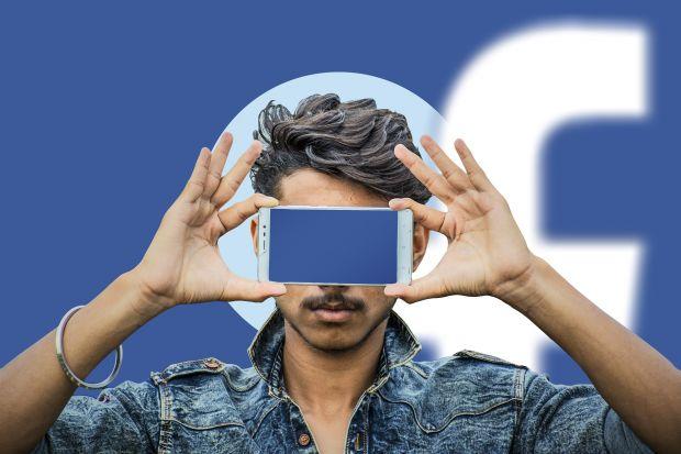 facebook trafugati dati mezzo miliardo utenti