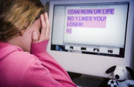 cyberbullismo imbavagliare internet
