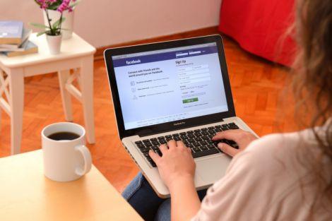 facebook informazione giovani 30anni