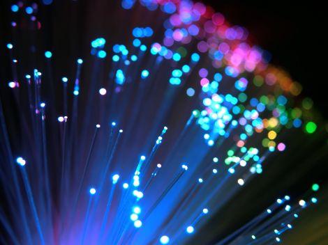 telecom dividenti fibra ottica