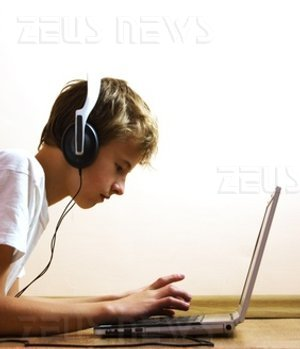 Facebook musica online MySpace Music streaming