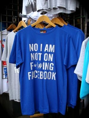 Perde elezioni fa causa a Facebook