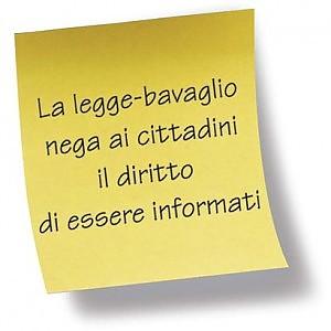 post-it legge bavaglio