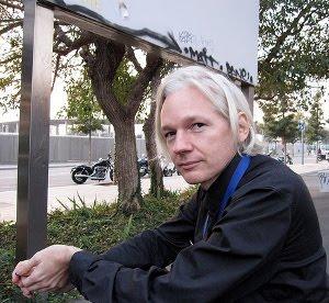 Assange violazione segreto bancario pirati svizzer