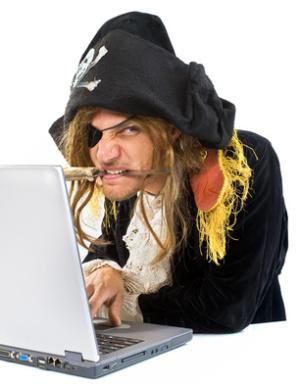 Warner Bros assolda studenti spiare pirati