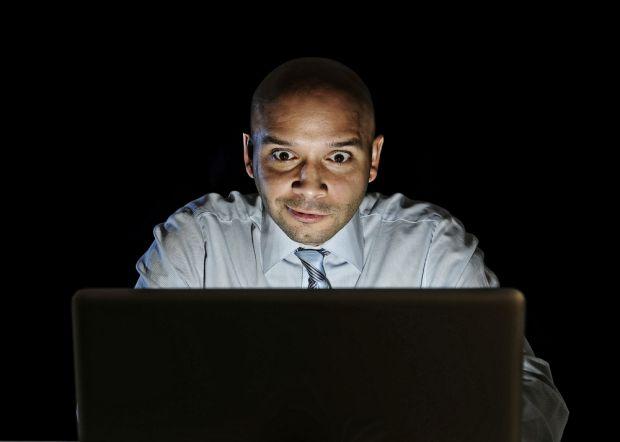 9000 siti porno lavoro