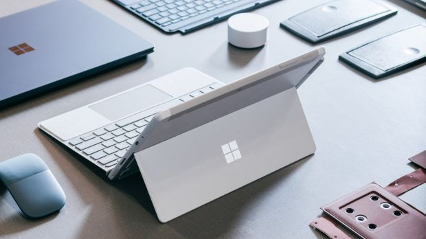Surface Go ARM Intel