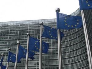 Intel McAfee antitrust europeo preoccupato