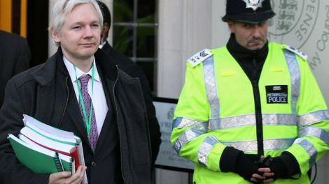 wikileaks nave assange