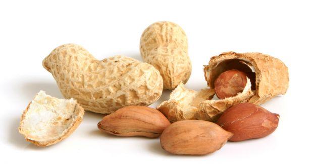 cura allergia arachidi