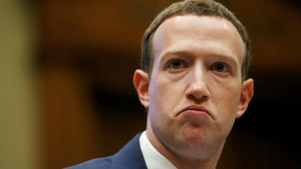 zuckerberg leggi internet