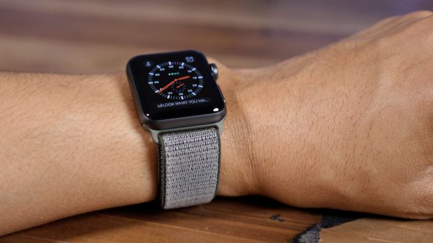 apple watch guida distratta
