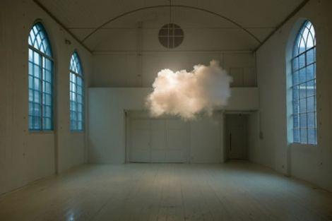 nuvola al chiuso berndnaut