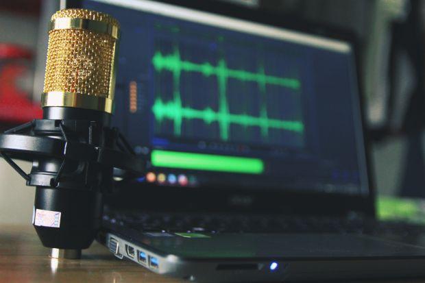 word trascrizione audio