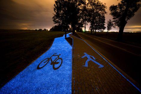 pista ciclabile luminosa