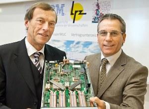 IBM SuperMUC raffreddato acqua calda
