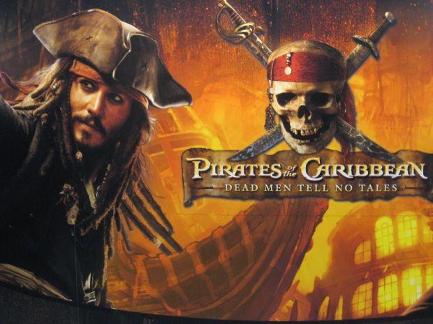 pirati caraibi ricatto