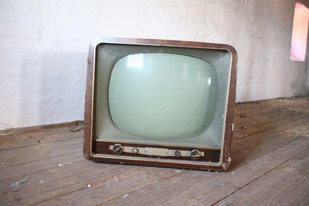 Vecchio televisore mette KO la connessione Adsl di un intero paese