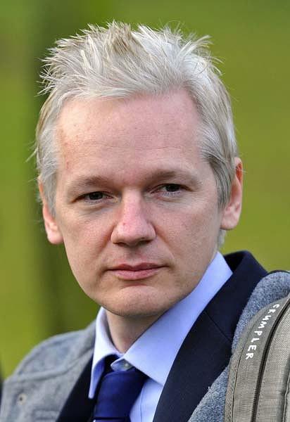 Assange green 420x0