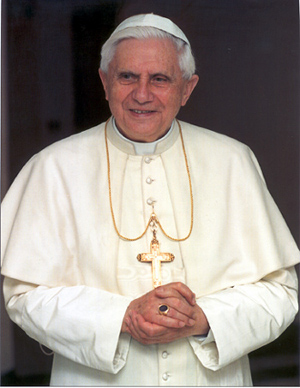 Papa benedice i social network opportunità rischi