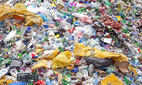 rifiuti plastica diesel
