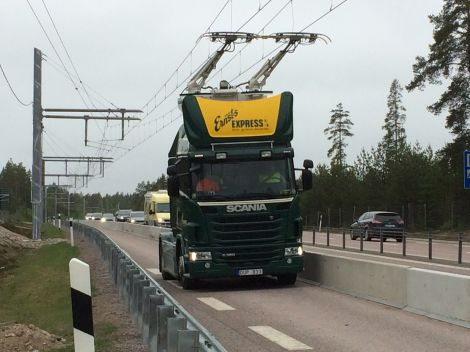 svezia camion autostrada elettrica