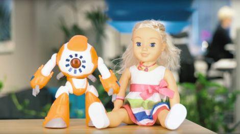 bambole robot intelligenti spioni
