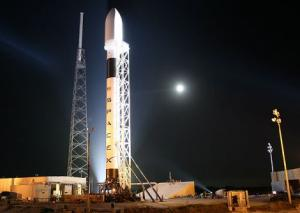 spacex dragon decollo